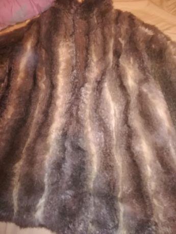 Палто от естествен косъм веднъж обличано,размер М (М-Л)