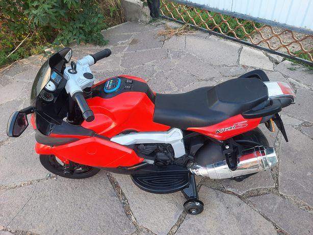 Продаётся мотоцикл игрушка К1600S