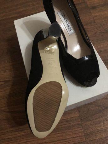 Продам вечерние туфли производство Италия.