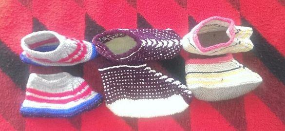 Ръчно плетени терлици и чорапо
