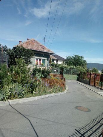 Teren 1500 mp in Someseni, cu o casa de 130 mp renovabila; 300 euro/mp