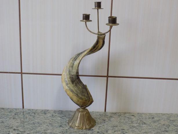 Sfesnic antic din corn de berbec