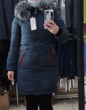 Новая зимняя куртка 42 размер