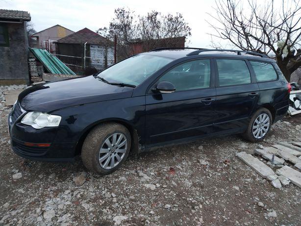 Dezmembrez Volkswagen Passat B6 1.9 BKC