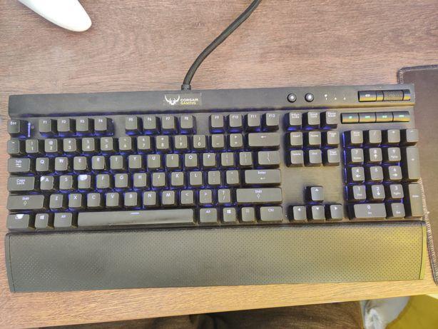 Tastatura mecanica GAMING Corsair K70 MK.1 RGB
