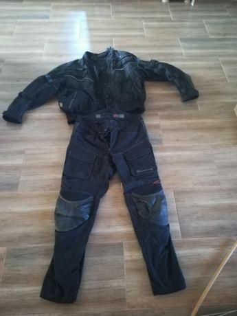 Compleu motociclist