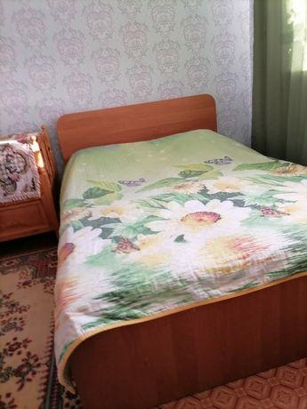 Продам спальню и детскую кроватку
