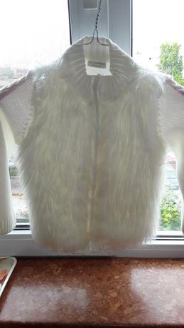 Жилетка-Яке с косъм бяло,ръст до 128 плюс подарък рокля