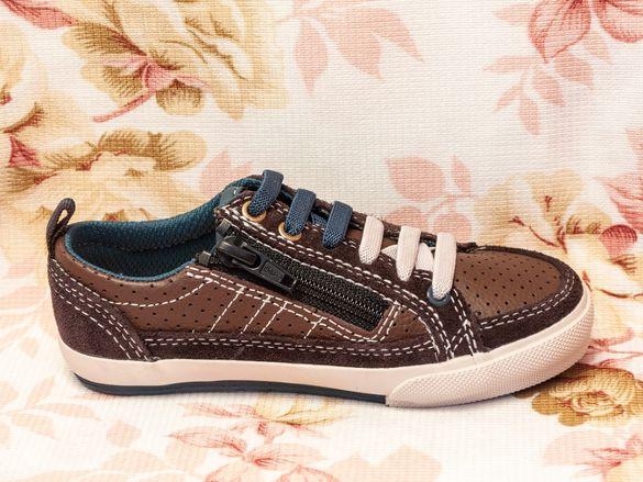 Детски обувки Clarks номер 25