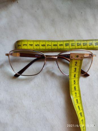 Очки для зрения +2