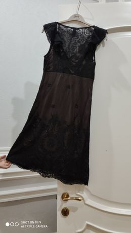 Платье кружевное выходное