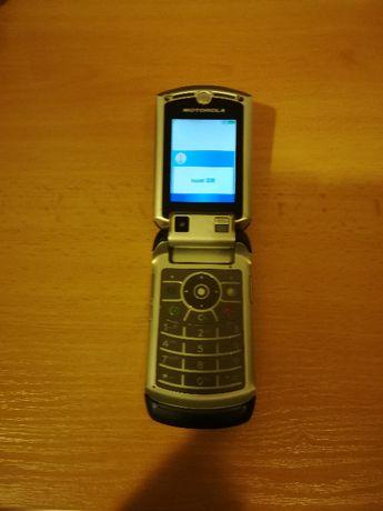 Мобилен телефон Моторола
