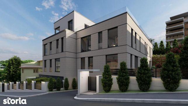 Apartament cu 4 camere in vila