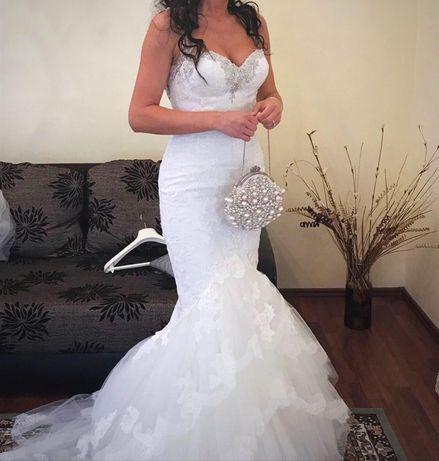 Vand rochie de mireasa Pronovias model 2017