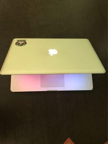 MacBook Pro 15' i7 ssd/hdd