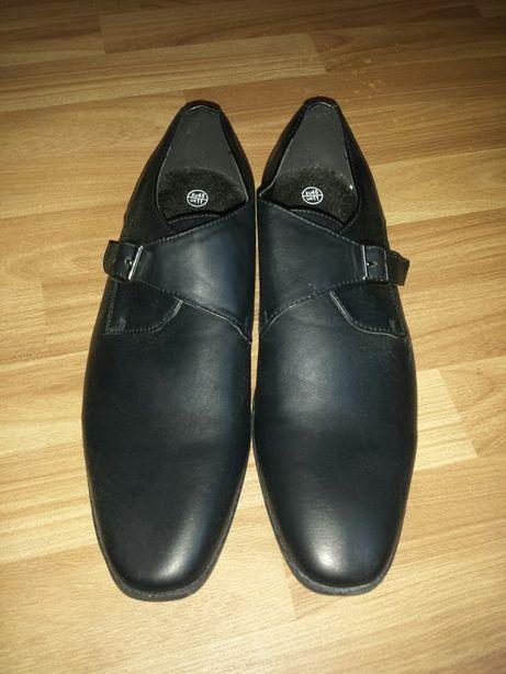 Pantofi negri noi barbati nr 45