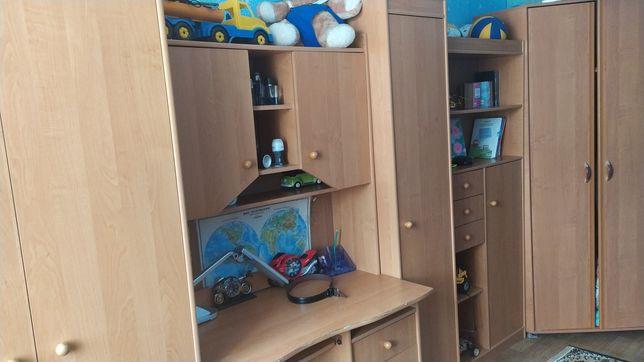 Продам стенку в детскую комнату