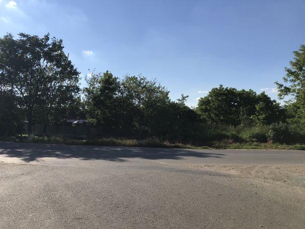 Vand teren cu proiect de casa pe el la doar 14 km de Oradea
