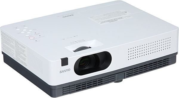 проекторы Тип устройства: LCD x3