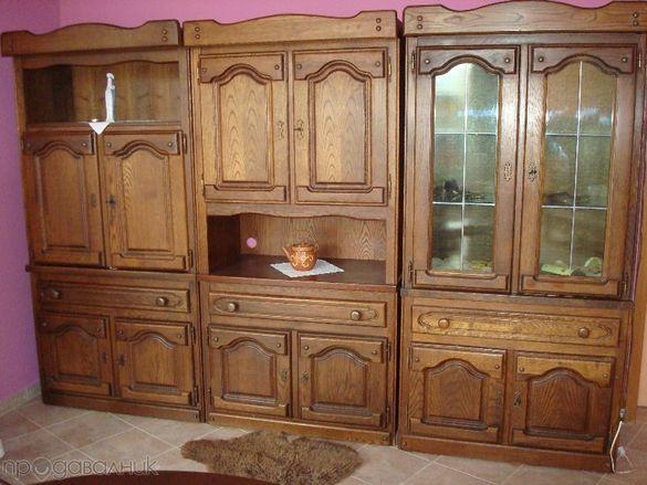 невероятен шкаф старинен