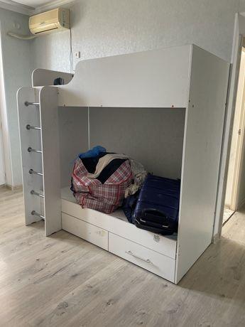 Детская кровать 2 этажка