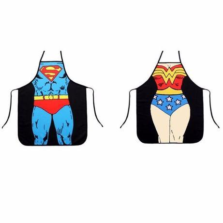 Sort de bucatarie pt gatit model Superman / Wonder Women, cadou inedit
