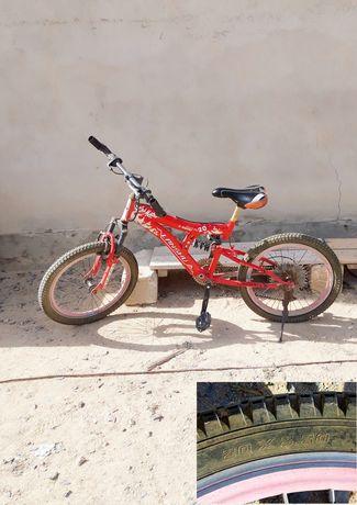 Велосипед скоростной спортивный