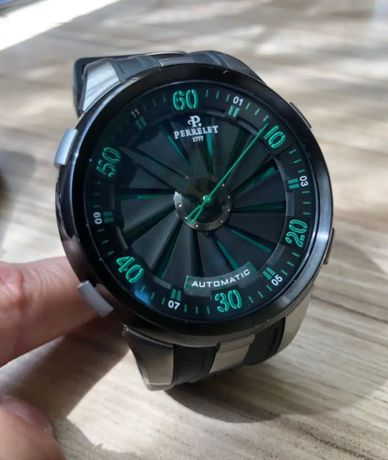 Продам часы Perrelet turbine xl 48 mm срочно !!