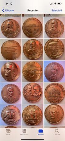 Colectie 33 medalii si plachete Mihai Eminescu