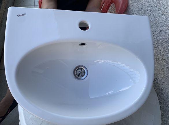 Мивка със смесител