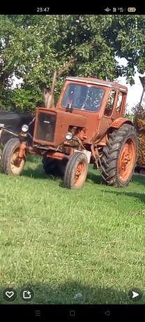 Vând tractor Belarus