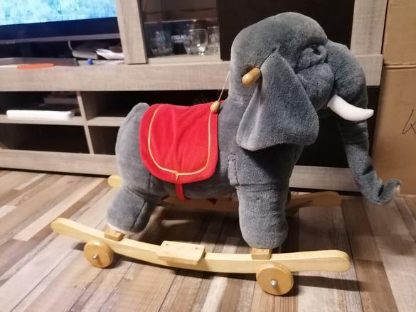 Продавам детско слонче за яздене 2 в 1
