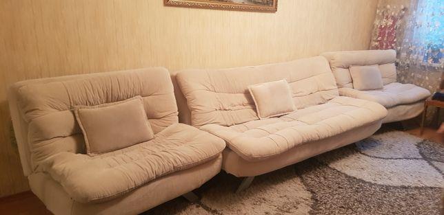 Диван +2 кресла продам срочно