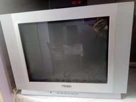 Телевизор Neo сив дизайн