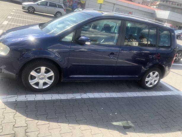 Dezmembrez VW Touran 2.0 Bkd 140 cp