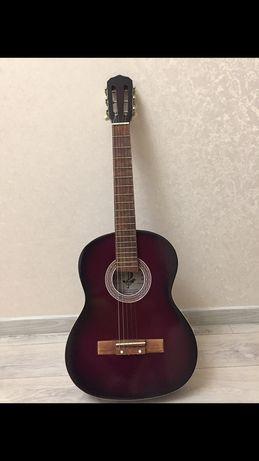 Гитара,музыкальный инструмент,Астана,Нурсултан