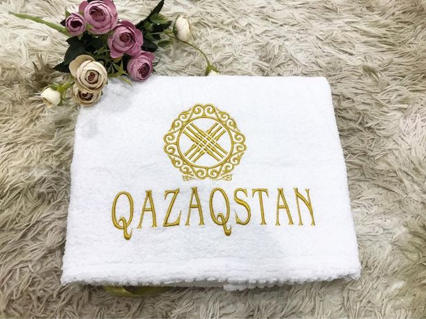 полотенце с вышивкой,подарок на любое торжество