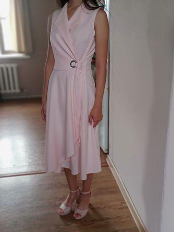 Платья(40-42) дешево