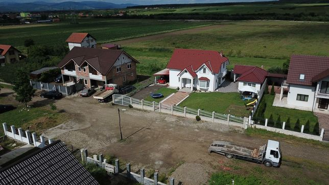 Casa 120 mp în rosu