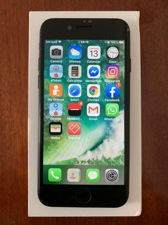 Vînd Iphone 7 - 32GB