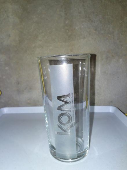 """Продават се нови стъклени чаши на мин. вода""""КОМ"""" 0,250 мл"""