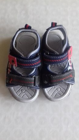 Sandale NOI bebelusi marimea 22