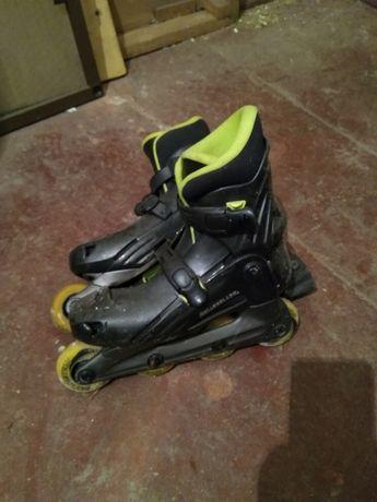 Vand 2 perechi de patine Rollerblade aduse Germania