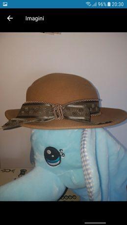 Palarie dama,100% lana, model deosebit, accesorii dama, caciula, fes