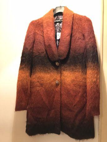 Palton desigual