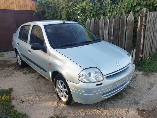 Dezmembrez Renault Clio (fara catalizator)