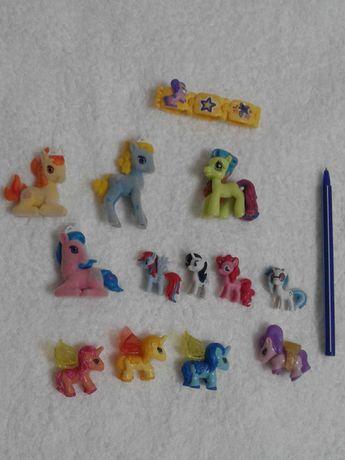 Срочно продам набор из разных лошадок