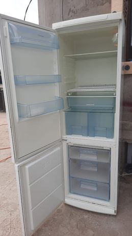 Продаи холодилник электра люкс