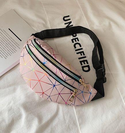 Чанта за кръст / Паласка / Кожена чантичка за кръста