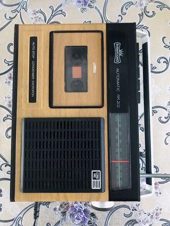 Vând Radio Cas vintage Intercord Automatic RR202 impecabil